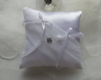 Chic wedding ring bearer pillow and understated white