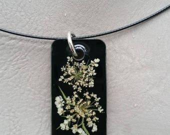Choker + rectangle resin pendant dried carrots wild flowers