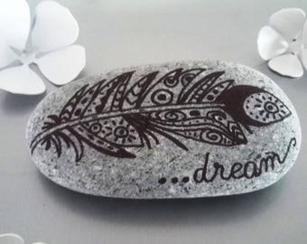 "Pebble handpainted ""dream"", feather"