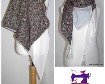 floral large scarf triangle bicolor, ecru and patterns