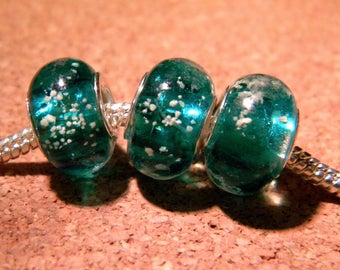3 phosphorescent bead - glass European charms - 14 x 10 mm Green Emerald-D94-