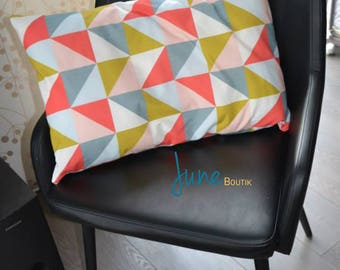 Triangle pattern Cushion cover 60 x 40