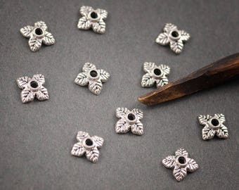 10pcs - small flowers, petals, leaves, silver plated 7mm • dishes
