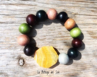 Wooden bracelet with Pearl and agate