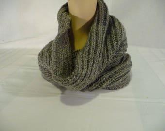 closed collar, Choker, handmade knit, gray scarf