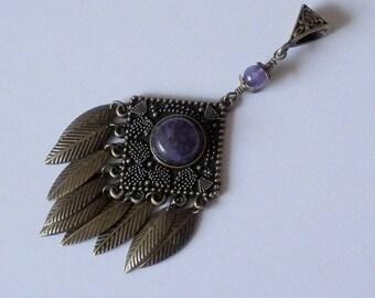 Eda Metal bronze and Amethyst pendant