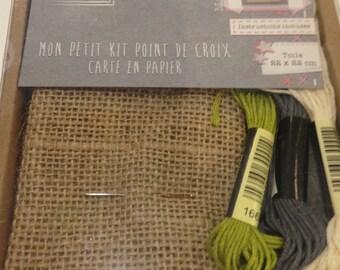 Kit cross stitch and paper