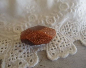 1 very large bead - Golden stone cabochon