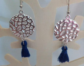 loop earrings hammered round connector and Navy Blue tassel