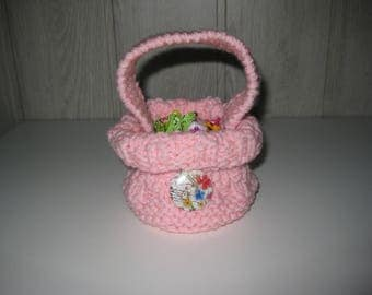 basket with handle and button candy