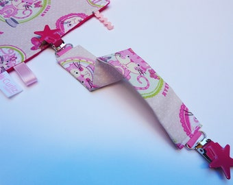 Blanket pattern cats clips stars tie
