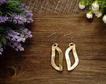Natural Buffalo Horn Earrings TA 25023