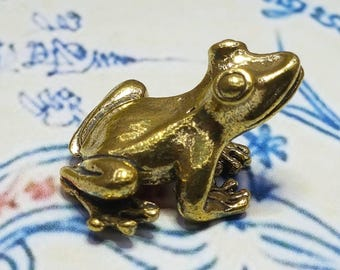 Talisman Magic Mini Frog Powerful wealth attraction Hunting Money Rich Good Business Charm Thai Amulet Lucky Statue Buddha Amulets Thailand