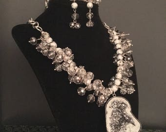 Gray Beaded Necklace, Bracelet and Earring Set