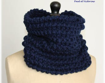 Knitted Snood in blue midnight