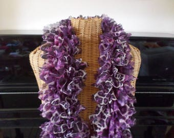 scarf knitted with a polyester Ribbon in shades of purple, white