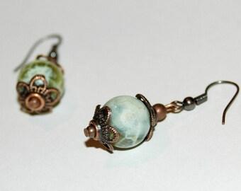 Agate stone lime Crackle earrings