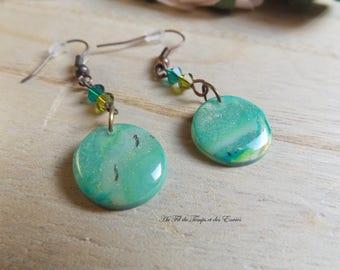 Round peacock pearl earrings