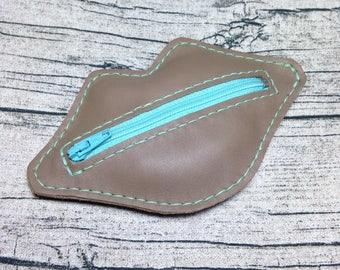 Kit Bisou : porte-monnaie en cuir véritable, coloris taupe