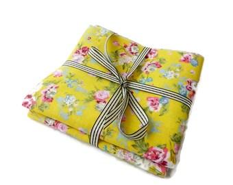 Set of 2 coupons 100% cotton 48/50 cm print romantic style, floral design