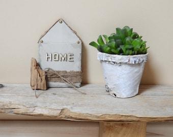 Concrete House of Scandinavian style - decorative concrete and drift wood - gift - decoration idea