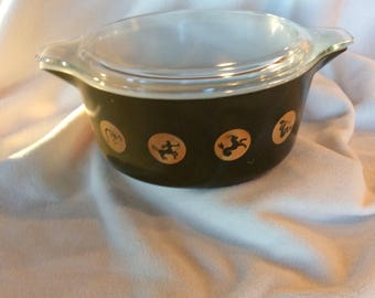 Rare Pyrex, PYREX Zodiac design casserole dish, 1960s Pyrex, 60s Promotional Pyrex dish, 2 1/2 Quart Casserole, PYREX Zodiac, Pyrex