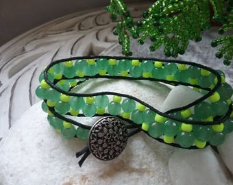 Bracelet seed bead and green agate beads neon yellow
