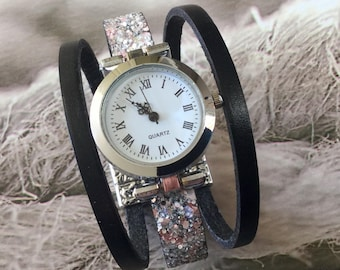 Ladies watch. THE SIZE. M.  Watch cuff bracelet silver color round pink grey glitter flakes