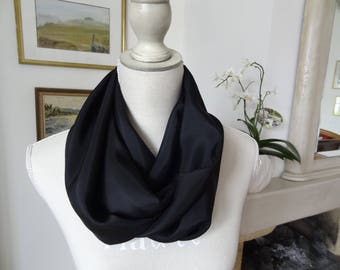 Snood tubular Haute Couture black silk