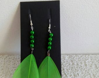 Earrings feathers and green beads