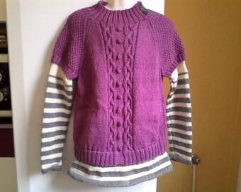 Hand knit sweater Sham 10/12 years.