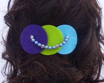 Large barrette jewelry made of felt and beads