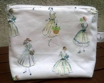 """Package of """"Madame"""" tones green/white makeup bag/pouch"""