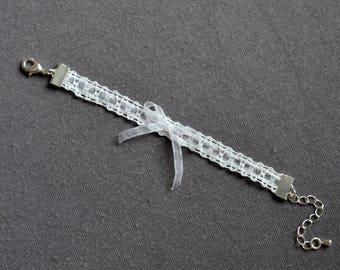 Bracelet child bobbin lace and Ribbon