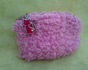 Wallet zipped pink wool hairy, red cat with Rhinestones.