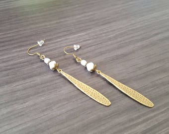 Long drop white Earrings
