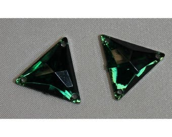 Triangle shaped green acrylic rhinestones