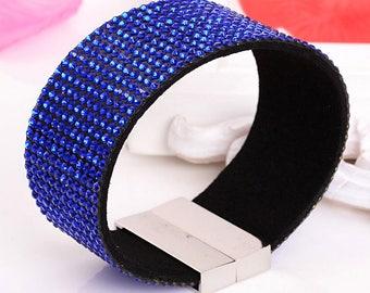 Beautiful blue rhinestone Bracelet with magnetic clasp
