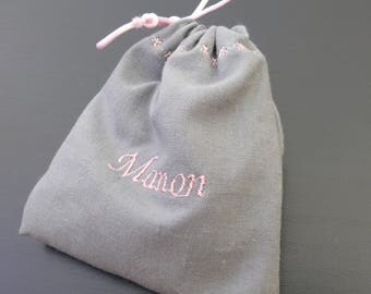 ORDER: 50 pouches embroidered favors for baptism