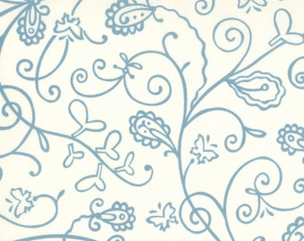 Patchwork fabric Moda - blue arabesque on ecru background - Chrisalys collection - coupon 50 by 110 cm