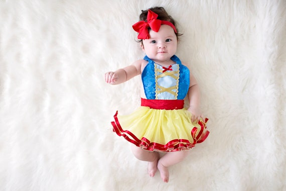 SNOW WHITE costume baby