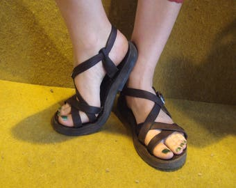 Sandals special (same model, atypical formats)