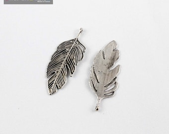 1 pendant leaf 62 * 23 * 2 mm