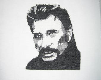 Johnny black and white embroidery