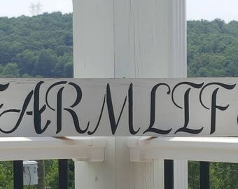 "Wooden recycled board ""Farmlife"" sign"