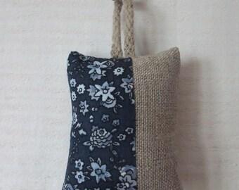 1 key fabric (No. 140) linen & liberty blue