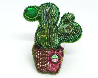 """Brooch of beads and beads """"Cactus"""""""