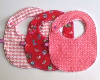 Set of 3 bibs printed pink