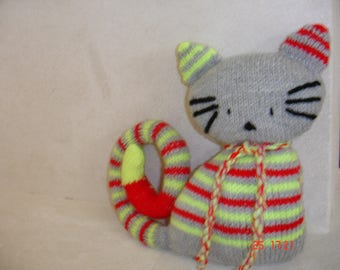 """cat-cat"" for little arms to cuddle blanket"
