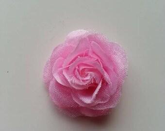 fleur  en tissu rose pale  30mm